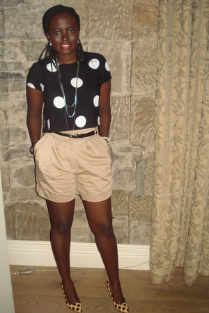 polka dot DP shoes - high waisted River Island shorts - polka dot Primark top