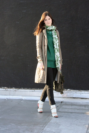 forest green Old Navy scarf - dark green Elizabeth & James dress