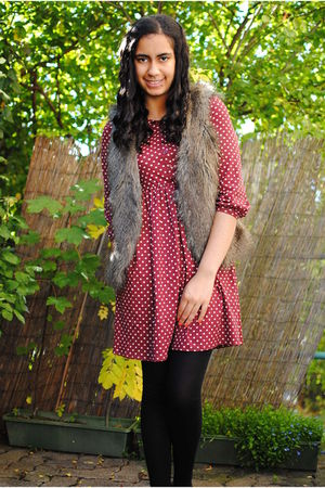 red Zara dress - brown clockhouse vest