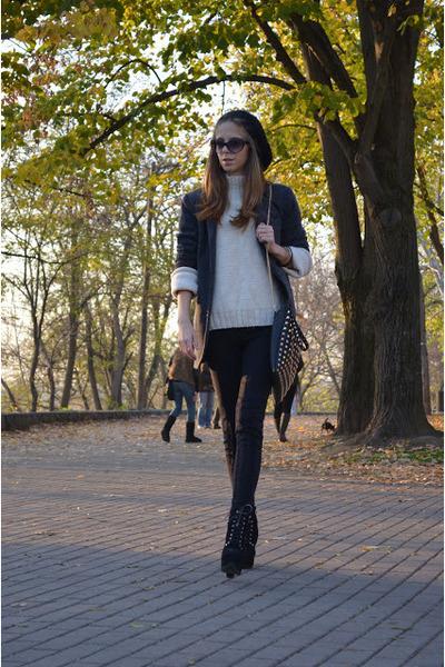 wool Strikeraj hat - wool Zara sweater