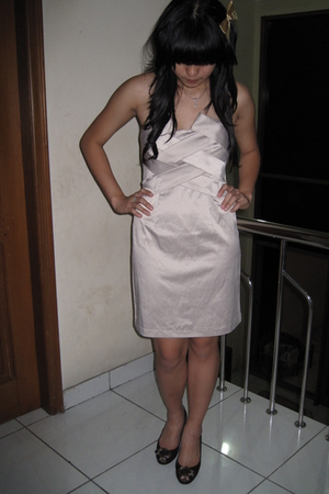 tatto dress - staccato shoes