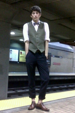 brown JCrew vest - blue American Apparel tie - brown Aldo shoes - blue American