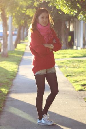 red H&M sweater - bubble gum fringe PUBLIK scarf
