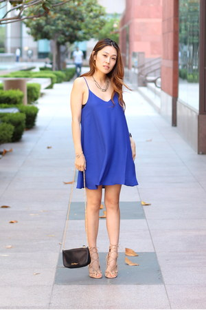 blue PUBLIK dress - beige shoemint heels - JewelMint necklace