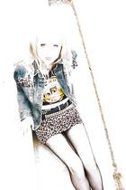 leopard print skirt - denim jacket