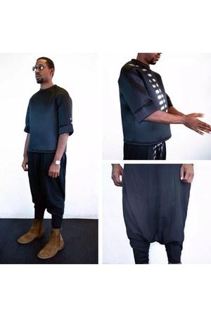 black pvc top - black drop crotch jumper