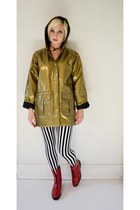 red zip up rain vintage boots - mustard rainjacket vintage jacket