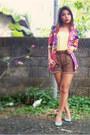 Bubble-gum-zara-blazer-dark-brown-statement-guess-shorts