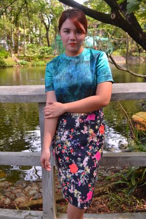 The Show Roon blouse - Zara skirt