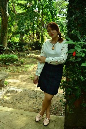 Wilson accessories - Stylenanada skirt - Fifth Avenue blouse