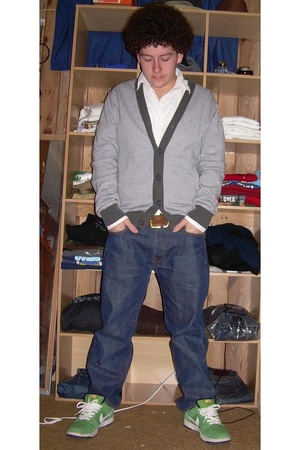 Old Navy sweater - banana republic belt - Evisu jeans - nike sb shoes