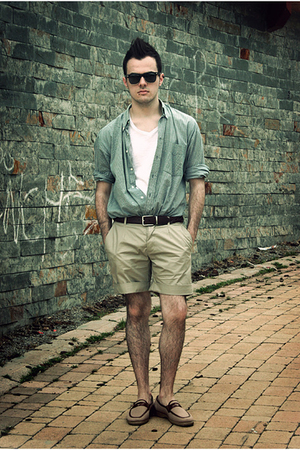 H&M shorts - pull&bear t-shirt - Zara belt - vintage shirt - localstore shoes