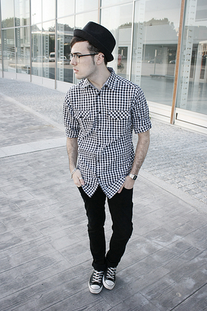 pull&amp;bear hat - Zara jeans - Lefties shirt