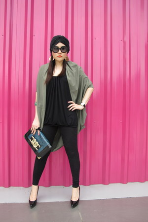 black Topshop leggings - navy Topshop bag - olive green Extra Bon Bon top