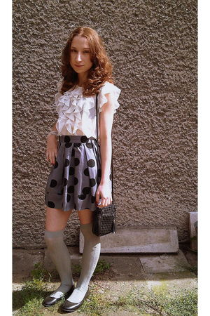 gray Primark skirt - black H&M bag - black H&M shoes - white Primark blouse