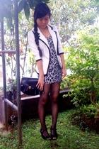 white random brand blazer - black random brand - black random brand stockings -