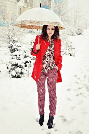 red ovs pants
