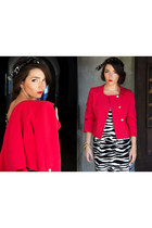 red boxy jacket H&M Trend jacket - black zebra print H&M dress