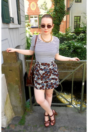 brown thrifted bag - white H&M shirt - brown Pencil shorts