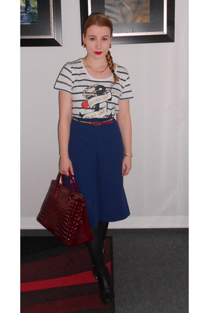 red Primark belt - black H&M boots - white H&M shirt - ruby red Plum bag