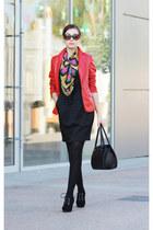 mustard floral print vintage scarf - black suede Centro shoes