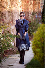 Navy-trench-unknown-brand-coat-silver-silk-unknown-brand-scarf