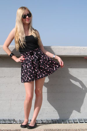 DIY skirt - black pull&bear top