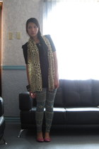 thrifted tribal print tights - dept store animal print scarf - Nine West flats -