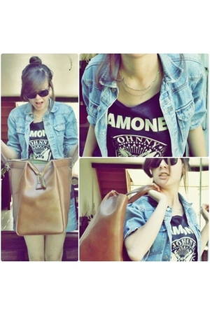 second hand blazer - ramones t-shirt - Vintage from Secondhand trade accessories