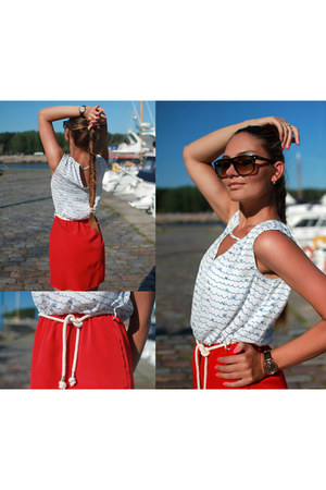 SuitBlanco dress - Ray Ban sunglasses