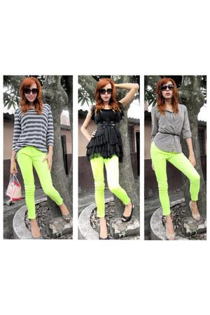 neon pants - Tommy Hilfiger bag - neutral color heels - neutral color blouse