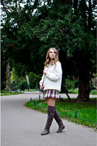 maroon old skirt - heather gray Tino González boots - ivory vintage sweater