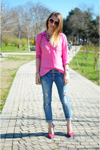 hot pink Bershka shoes - blue Bershka jeans - hot pink H&M shirt