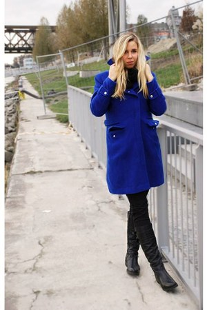 Royal Blue coat - leather boots - black boots - black scarf - black pants