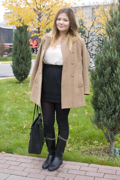 mustard Stradivarius coat - black Moschino boots - black Michael Kors bag