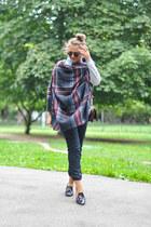 black Adidas Neo jeans