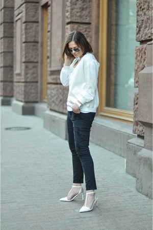 black Zara jeans - white ovs top