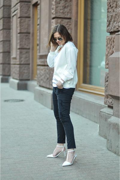 black Zara jeans - white ovs top