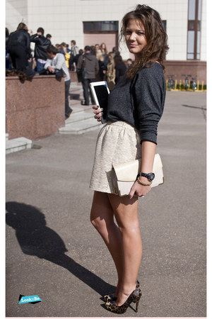 golden Zara skirt
