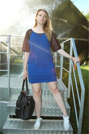 navy cotton Terranova dress