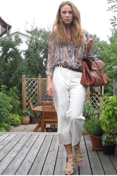 silver scarlet roos shirt - beige venezia shoes - white vintage pants