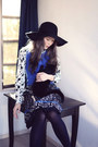 Blue-knitted-anthropologie-dress-black-gap-hat