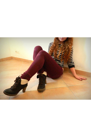 burgundy F de la passion jeans - brown Bata boots - cream new look blouse