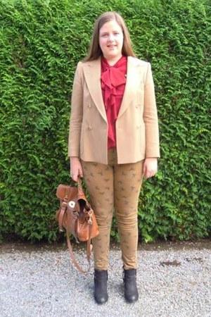 camel Dries Van Noten blazer - black Topshop boots - tawny Mulberry bag