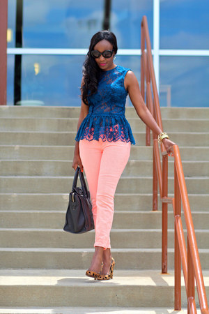 Zara top - Current Elliot jeans - Celine bag - Prada sunglasses - madewell heels