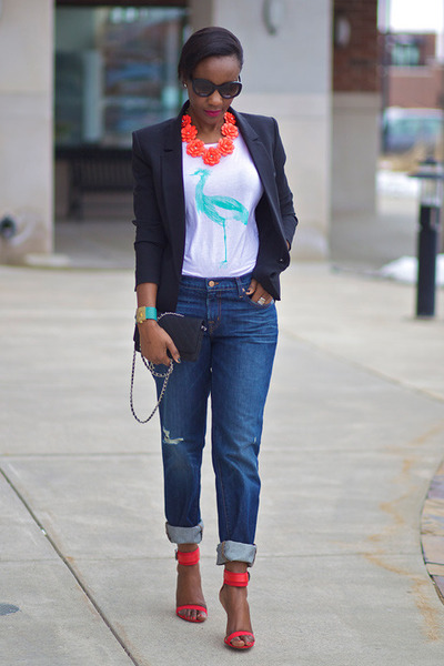 red Jcrew necklace - navy JBrand jeans - black Chanel bag