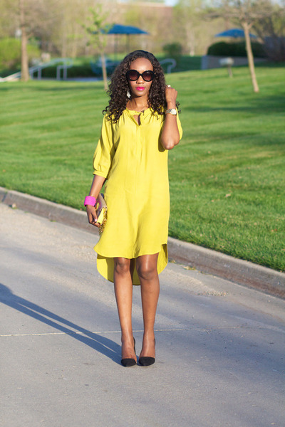 BCBG dress - tory burch bag - Prada sunglasses - Zara pumps