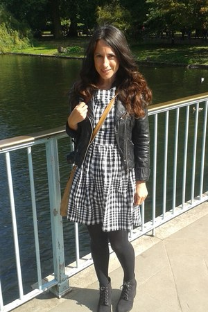 faux leather H&M jacket - ankle boots new look boots - gingham Topshop dress