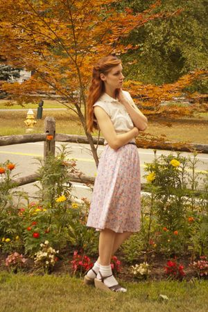vintage 70s skirt - vintage 60s shirt - lila-jocom accessories