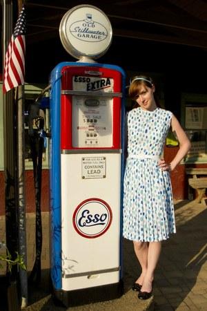 vintage dress - Payless wedges